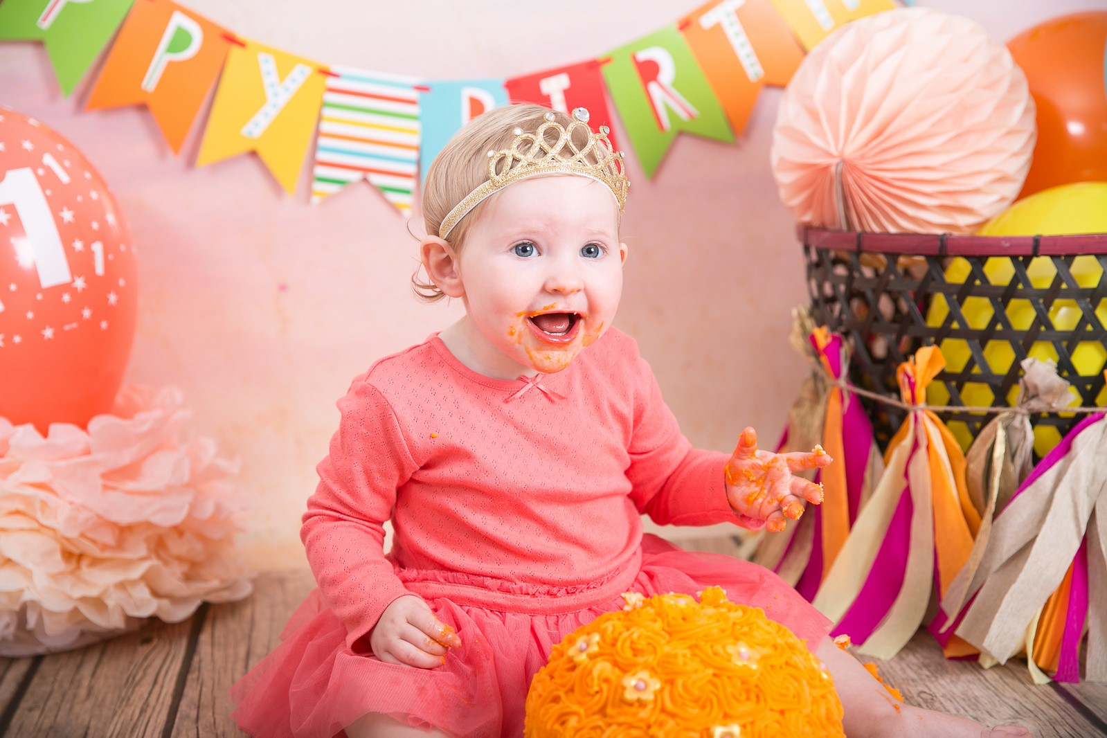 Happy Photography- Isla first Birthday