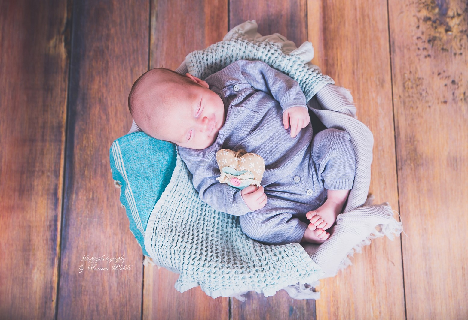 Happy Photography-5 weeks old BABY BOY
