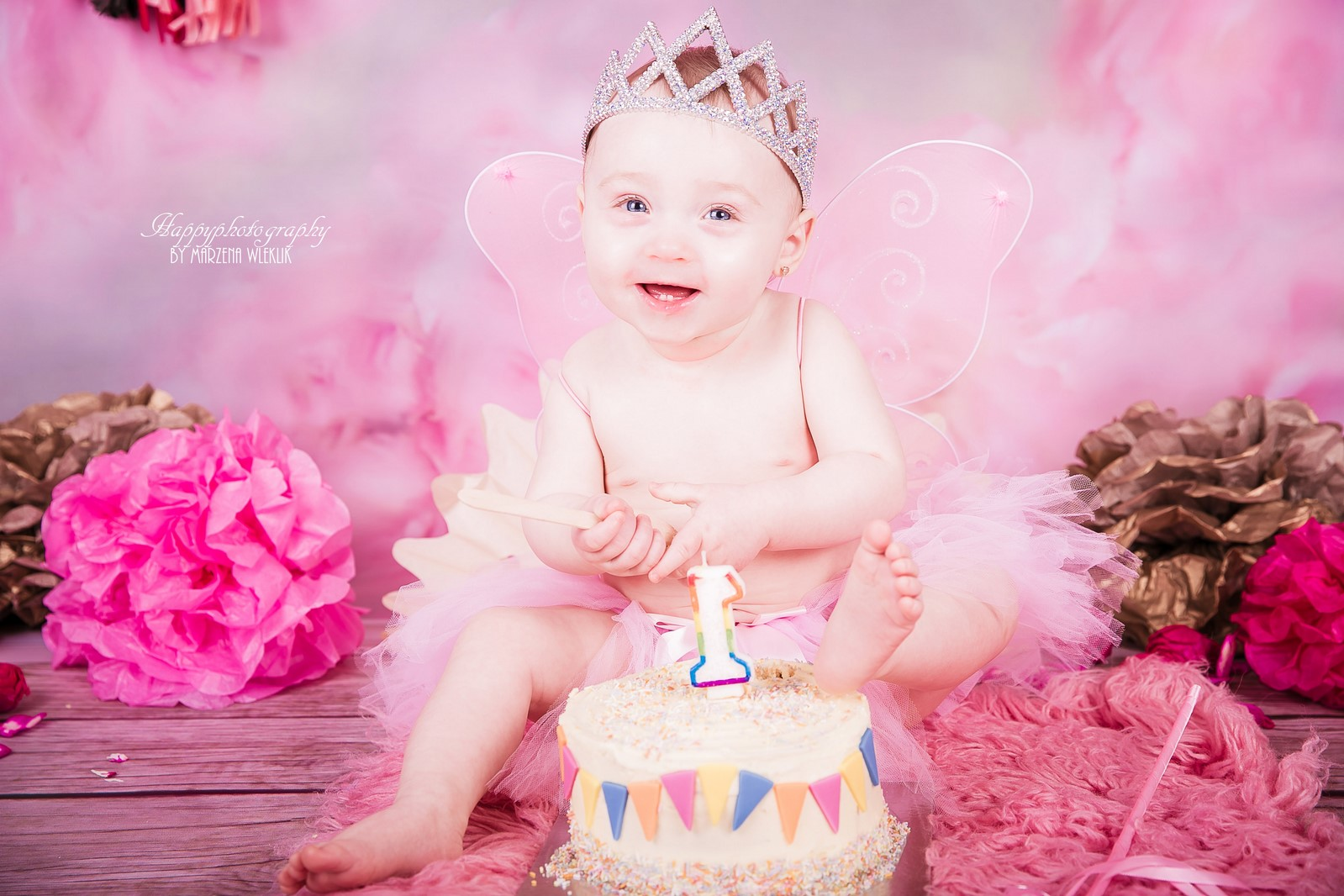 Happy Photography- Effie's first Birthday